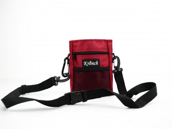 Hundesnack Tasche in rot mit Kordelzug von Kronch • robuste Snacktasche